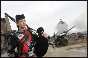 Edinburgh Castle Bagpiper