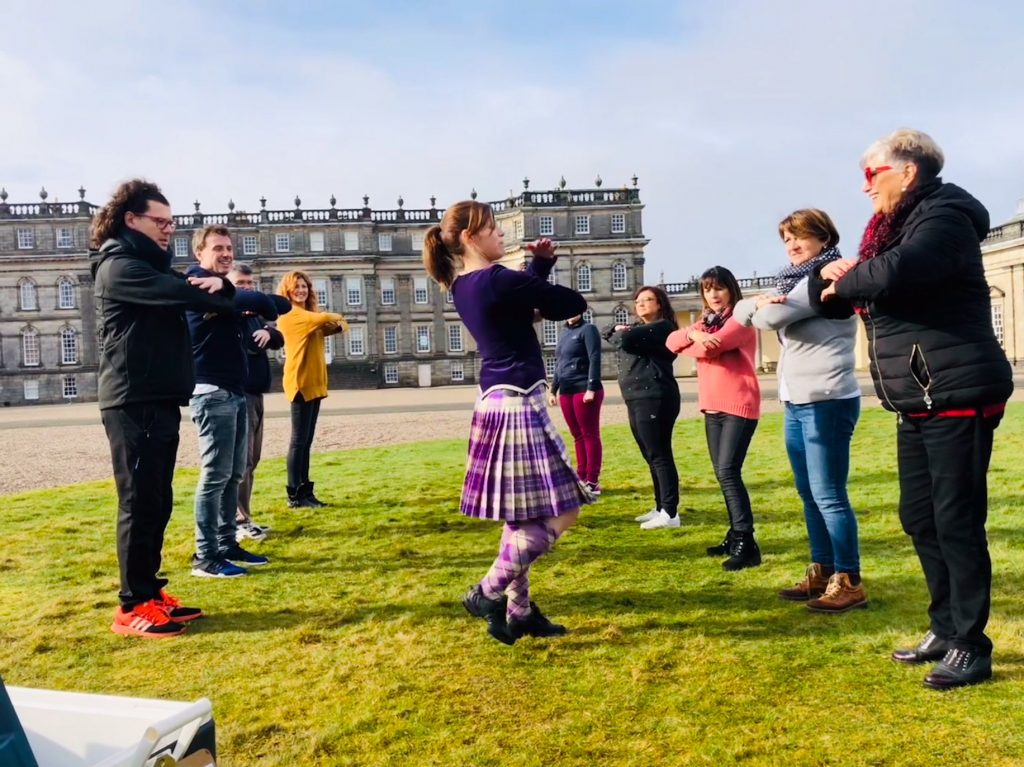 Highland dancing Hopetoun house